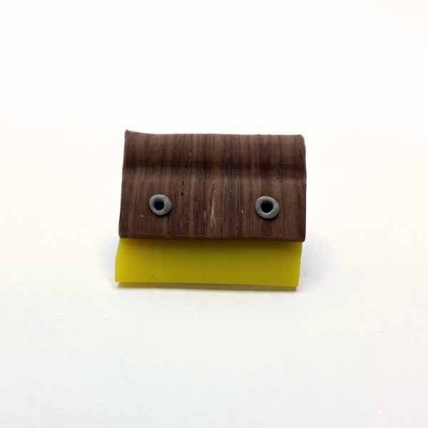 Brooch-squeegee-yellow-01
